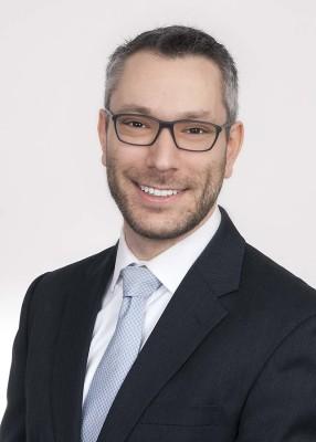 Chris Moschalla, Keiter